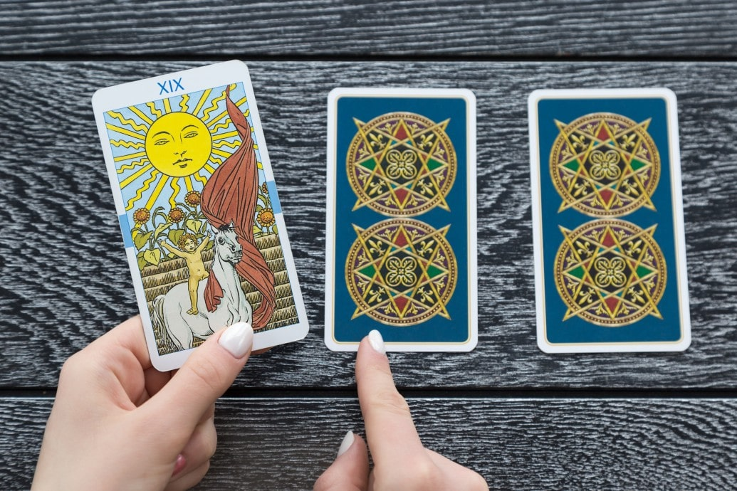 Love Tarot Reading Free
