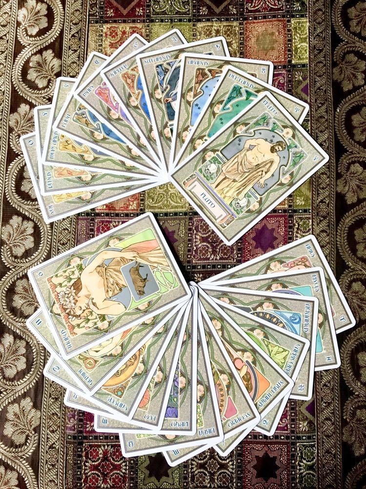 Love Tarot Cards spread